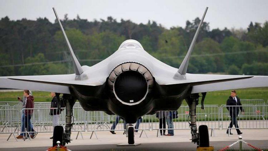 """جنرال أمريكي يدعو لمنع طائرات الشبح عن تركيا إن أتمت صفقة """"إس-400"""" الروسية"""