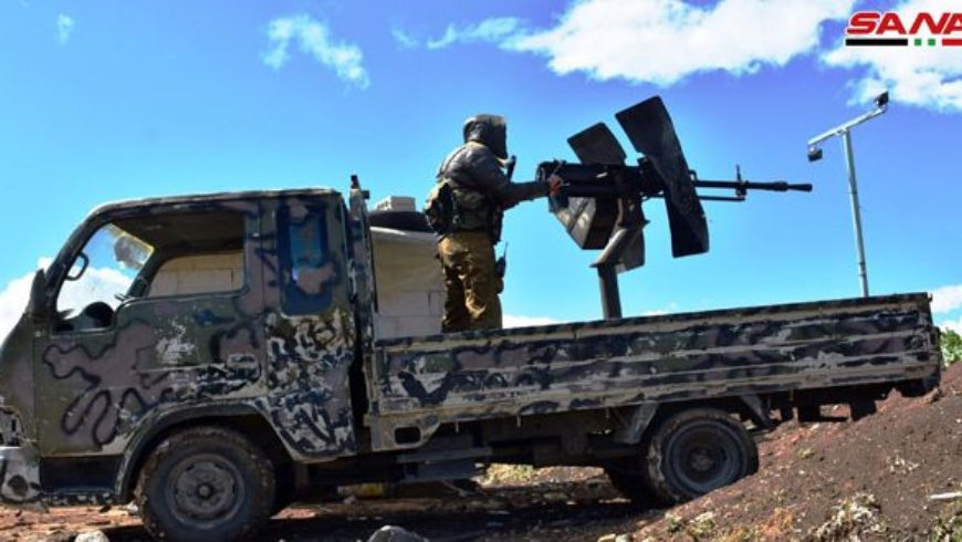 في إطار الرد على خروقاتهم المتكررة.. وحدات من الجيش تدمر تجمعات وأوكارا للإرهابيين في ريفي حماة وإدلب