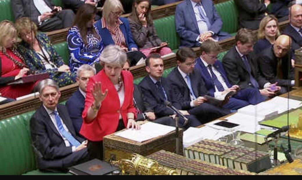 """البرلمان البريطاني يصوت ضد """"بريكست"""" دون اتفاق مع الاتحاد الأوروبي"""