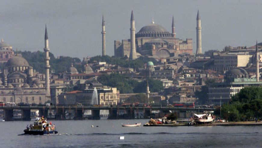 الكشف عن عدد العرب المقيمين في تركيا