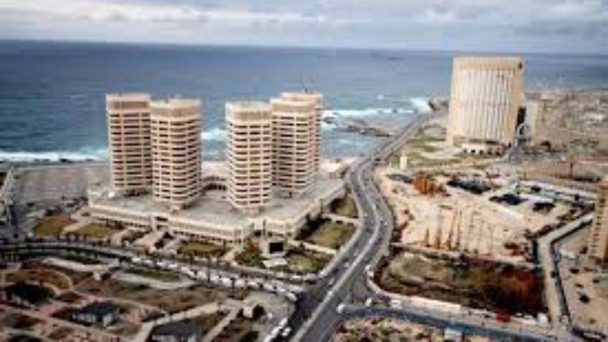 قوات حفتر تدخل العاصمة الليبية طرابلس من جميع المحاور وتبسط سيطرتها على مطار المدينة