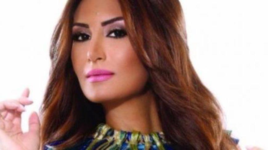 رويدة عطية تضرب امرأة سورية في أميركا بسبب إساءتها للرئيس الأسد