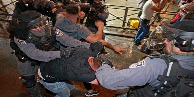 إصابة عدد من الفلسطينيين جراء اعتداء قوات الاحتلال عليهم في القدس المحتلة.موقع أصدقاء سورية.