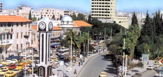 إصابة عدة أشخاص بانفجار عبوة ناسفة في حي كرم اللوز بمدينة حمص.موقع أصدقاء سورية.