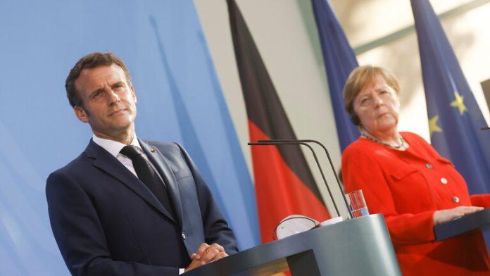 ميركل وماكرون يدعوان الاتحاد الأوروبي للحوار مع روسيا.موقع أصدقاء سورية.
