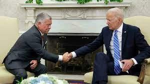 ما أبعاد تصريحات ملك الأردن في واشنطن حول الحلول في سوريا؟
